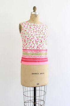 vintage 1950s pink rosebud cotton tank top 50s hot pink bold