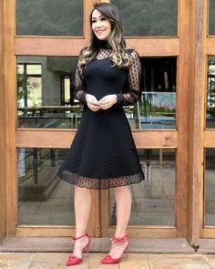 Unique Dresses, Beautiful Dresses, Tulle Dress, Dress Skirt, Hijab Fashion, Fashion Show, Frock For Women, Modelos Fashion, Kids Frocks