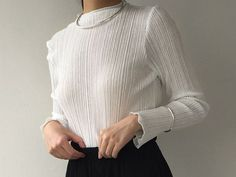 White crepe shirt with flared sleeves