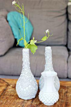 Botellas de vinos convertidas en floreros paso a paso ~ Mimundomanual