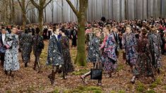 Models present creations by German designer Karl Lagerfeld as part of his Autumn/Winter women's ready-to-wear collection show for fashion house Chanel at the Grand Palais during Paris Fashion Week - Buy this stock photo and explore similar images Karl Lagerfeld, Fashion 2018, Fashion Week, Fashion Show, French Luxury Brands, Image Of The Day, Environmentalist, Felder, Grand Palais