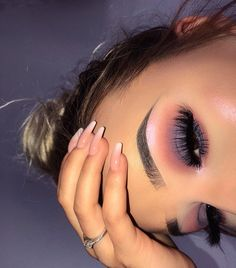 to do glitter eyeshadow makeup makeup without eyeliner eyeshadow makeup kit makeup eyeshadow 02 makeup tips video makeup artists use makeup tape makeup how to Makeup Eye Looks, Eye Makeup Art, Cute Makeup, Glam Makeup, Gorgeous Makeup, Pretty Makeup, Skin Makeup, Eyeshadow Makeup, Makeup Tips