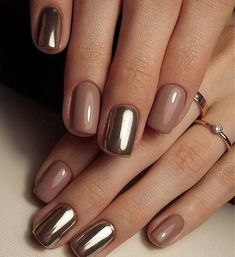 Pretty Golden Chrome Nail Art Designs for Prom – The Best Nail Designs – Nail Polish Colors & Trends Short Nail Designs, Cool Nail Designs, Classy Nail Designs, Designs For Nails, Simple Nail Design, Nail Trends 2018, Crome Nails, Chrome Nail Art, Gold Chrome Nails
