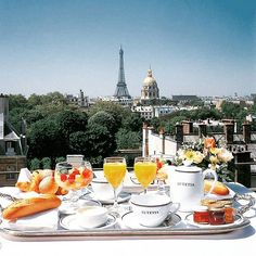 Good morning from #Paris!  We wish you a great week wherever you are.  #ArrivalGuides #travel #goodmorning #Monday #breakfast #view