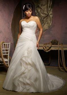 Brautkleid für große Größen. Herzausschnitt, A-Linie, Wickeloptik, Hochwertige Organza