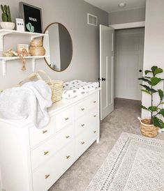 11 IKEA Hemnes Dresser Hacks for Kids' Rooms and Nurseries Ikea Baby Room, Ikea Kids Room, Baby Boy Rooms, Kids Rooms, Room Baby, Ikea Hack Nursery, Girl Room, Baby Nursery Decor, Nursery Room