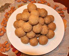 Gond ke Laddu- A winter special dessert from Northern India! गोंद के लड्डू. जाड़े के मौसम में बनाए जाने वेल खास लड्डू!! http://www.chezshuchi.com/Gond-Ke-Laddu-Hindi.html