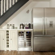 fridge space under stairs Kitchen Cabinets Under Stairs, Cabinet Under Stairs, Space Under Stairs, Kitchen Units, Kitchen Cupboard, Grey Painted Kitchen, Kitchen Paint, Kitchen Design, Kitchen Grey