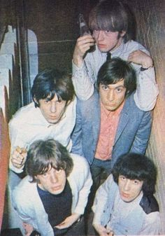The Rolling Stones Los Rolling Stones, Like A Rolling Stone, Keith Richards Guitars, Rock And Roll Fashion, Mick Jagger, Bianca Jagger, Charlie Watts, Greatest Rock Bands, Vintage Classics