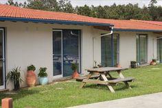 Este verão, fuja da confusão. Na Quinta do Valão, em São Pedro de Moel, quarto para 2 pessoas equipado com kitchnet + livre acesso à piscina por  5 noites apenas 219€ e 299€ por 7 noites.  - Descontos Lifecooler
