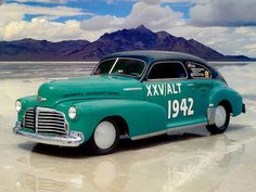 1942 Chevrolet Fleetline Aerosedan 2-Door Fastback