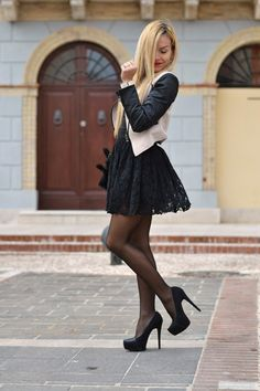 Looking for Stylish Lace Dresses? What are latest trends? How to wear them?How to match lace dress with other outfits to get a glamorous look ? Well don't worry we have all these answers for you in this collection. Pantyhose Outfits, Pantyhose Fashion, Fashion Lingerie, Nylons, Street Style Trends, Photography Tattoo, Dress With Stockings, Moda Chic, Outfit Trends