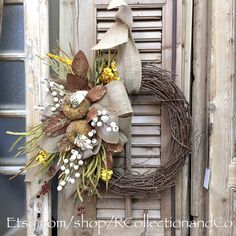 Apples & Burlap Fall Grapevine Wreath, Wreath, Door Wreath, Fall Wreath, Everyday Wreath, Home Decor by RcollectionandCo on Etsy https://www.etsy.com/listing/279064350/apples-burlap-fall-grapevine-wreath