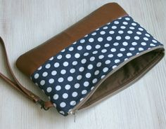 Mirada de bolso de mano armada Vintage de cuero por HelloVioleta