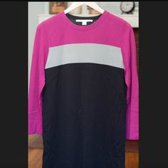 """DVF color blocked sweater dress This rayon and nylon dress is so easy to wear. Its color blocking is the trend of the season. The sleeves are just longer than 3/4. I'm 5'7"""" and it hits me just barely above the knee. Diane von Furstenberg Dresses"""