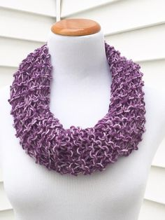 Purple Scarf Purple Ombré Scarf Easter by JilleBeansCreations Knit Cowl, Cowl Scarf, Mens Crochet Beanie, Purple Scarves, Spring Scarves, Purple Ombre, Scarf Styles, Infinity, Crochet Necklace