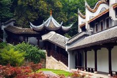 Yuelu Academy 岳麓书院, Changsha, Hunan. A thousand years academy where people in the past study poetry, philosophy... via TW by WeChina @We_China