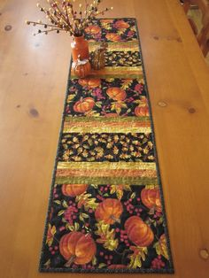 Fall Pumpkins Quilted Table Runner Fall Decorating by patchworkmountain. Table Runner And Placemats, Table Runner Pattern, Quilted Table Runners, Fall Table Runner, Fall Placemats, Thanksgiving Table Runner, Halloween Table Runners, Fall Sewing, Place Mats Quilted