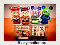 "Vinylmation ""Toy Story Manía!"" Twitter: @Vinylmation Mexico Vine: vinylmationmexico Instagram: vinylmationmexico Facebook: vinylmationmexico Pinterest: vinylmationmexico Youtube: vinylmation méxico Tumblr: www.vinylmationmexico.tumblr.com Wordpress: www.vinylmationmexico.com Mail: vinylmationmx@gmail.com / vinylmationmx@yahoo.com"