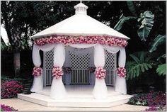 Gazebo Wedding Decorations. http://memorablewedding.blogspot.com/2013/07/gazebo-wedding-decorations.html