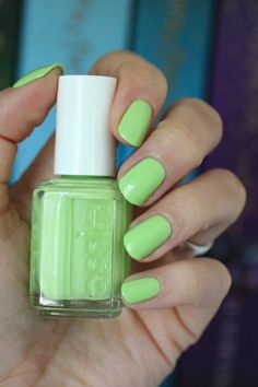 Essie 2015 Neon Collection : Swatches & Review | Essie Envy