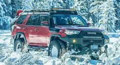 4Runner in snow