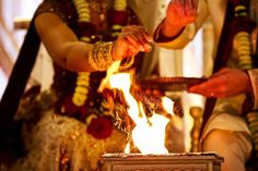 In the heart of India, many wedding ceremonies are focused around the ignition of a small fire. The sacred fire serves to embody the presence of Agni, the fire-god of Hinduism.  Read more at https://www.jinjajewelry.net/wedding-day-traditions-globe/!