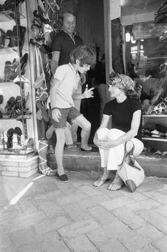 EVGENIA GL Jackie Kennedy ricordata da Pizzi a Capri con figli e Onassis. Tutte le foto - Formiche.net
