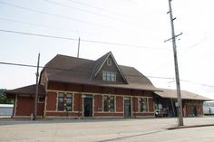 Located just a few blocks from Main Campus, the Winona Amtrak Station is a convenient way to travel home for the weekend or for holiday breaks.
