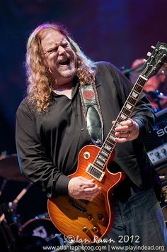 Warren Haynes at @WanneeFestival 2012 Image by: @playindead