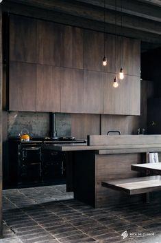 Wood Kitchen Cabinets, Kitchen Flooring, Kitchen Furniture, Kitchen Interior, New Kitchen, Modern Interior, Kitchen Decor, Interior Design, Dark Cabinets