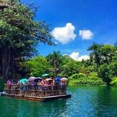 Disneyland Hong Kong #hongkong #travel  www.travelfoodfilm.com
