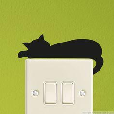 Stickers Prises et Interrupteurs - Sticker mural chat couché | Ambiance-sticker.com