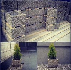 'Мытый' бетон: оригинальные идеи для дачи своими руками 'Мытый' бетон. Оказывается есть и такой, может кому-то пригодится! У кого свой дом, участок или руки из правильного места растут, которые смогут на этом заработать! можно сделать бордюры или дорожки…