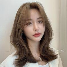 Layered Haircuts For Medium Hair, Haircuts Straight Hair, Long Layered Hair, Medium Hair Styles, Curly Hair Styles, Hair Cut Pic, Hair Cuts, Hairstyles Haircuts, Pretty Hairstyles