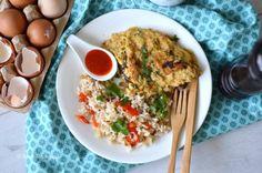 Thaise Ontbijt Omelet met kippengehakt en gebakken rijst