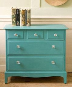 provence chalk paint furniture | Sloan Chalk Paint Provence -love this color for play room ... | paint
