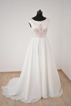 Bridal Dresses, Bridesmaid Dresses, Wedding Styles, Evening Dresses, Tulle, Prom, Casual, Fashion Design, Collection