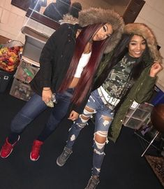 for more fashion tips tricks and much more. Sisters Goals, Bff Goals, Squad Goals, Matching Outfits Best Friend, Best Friend Outfits, Go Best Friend, Best Friend Goals, Fall Outfits, Cute Outfits