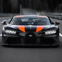 Bugatti Cars, Bugatti Veyron, Luxury Car Brands, Luxury Cars, Fancy Cars, Cool Cars, New Bugatti Chiron, Supercars, Automobile