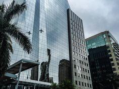 Foto do prédio na Av. Brigadeiro Faria Lima