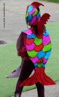 Déguisement poisson Fish Costume, Costume Carnaval, Fruit Costumes, Animal Costumes, Costume Poisson, Under The Sea Theme, Book Week, Child Day, Edd