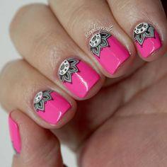 Mandara 02 Nail Manicure, Nails, Stamping Nail Art, Nail Art Designs, Instagram Posts, London, Talon Nails, Nail Designs For Kids, Light Design