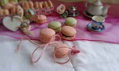 J'adore Macaron, una passione per questi biscotti colorati. Si possono farcire in molti modi e hanno sempre una presenza unica sia nel gusto che nel colore!