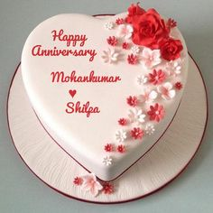 Are you search to love anniversary cake with name for a friend? Love shape anniversary wishes cake for wife Or husband with name and photo in the heart. Write name on love couple name of Wedding anniversary wishes with cake and flowers images Simple Anniversary Cakes, Happy Marriage Anniversary Cake, Anniversary Cake With Photo, Anniversary Cake Designs, Happy Wedding Anniversary Wishes, Love Anniversary, Wedding Anniversary Cake Image, Anniversary Boyfriend, New Birthday Cake