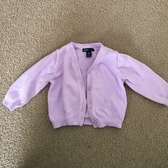 NWOT baby gap cardigan No stains, rips, pulls or tears! Smoke and pet free home. Never worn, tried on and just realized it's too small. Size 6-12 months GAP Sweaters Cardigans