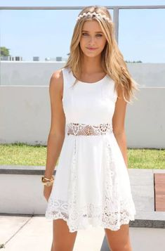 So nice White dress The Fashion: Gorgeous dress black fur Summer outfits Teen fashion Cute Dress! Clothes Casual Outift for teenes movies girls women . summer fall spring winter outfit ideas dates school parties mint cute sexy ethnic skirt Cool Summer Outfits, Summer Chic, Cute Outfits, Summer Fall, Summer 2014, Prom Outfits, Outfit Summer, Casual Summer, Summer Beach