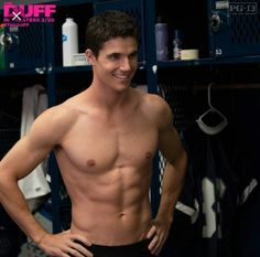 Robie Amell