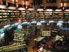 Biblioteca de la Facultad de Ciencias Naturales y Museo de la Universidad de La Plata.