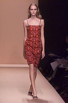 Carolina Herrera Fall 2000 Ready-to-Wear Fashion Show